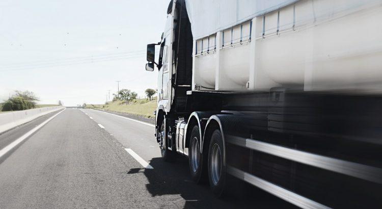 Transporte rodoviário - por que ele é o mais utilizado?