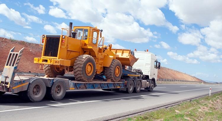 tipos de caminhão para carga pesada