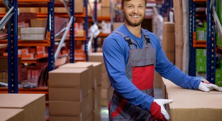 Quais são os tipos de armazenagem de cargas?