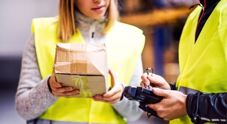 Logística Door to Door: vantagens de contratar um serviço de entrega porta a porta